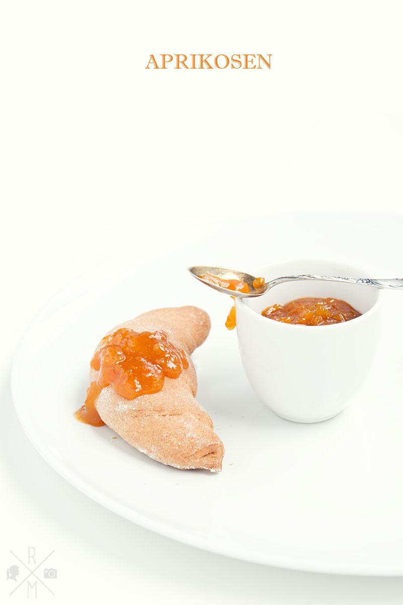 aprikosenmarmelade mit zitronenmelisse oder whisky rezepte ordnungsideen und diy. Black Bedroom Furniture Sets. Home Design Ideas