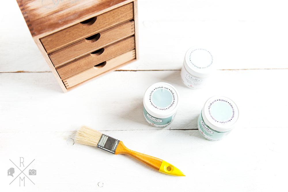 Frühjahrsputz 2017 - Büroorganisation - Briefmarken, Briefe, Post organisieren - DIY Aufbewahrung mit Schubladen und Kreidefarbe - upcycling Holzregal | relleomein.de