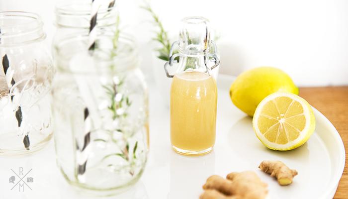 """<h6><span style=""""color: #999999; background-color: #dededc;"""">Werbung</span></h6> Ginger Lemon Fizz – Alkoholfreier Silvester Mocktail"""