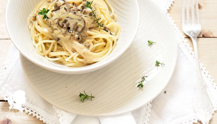 Spaghetti mit Pilzsoße