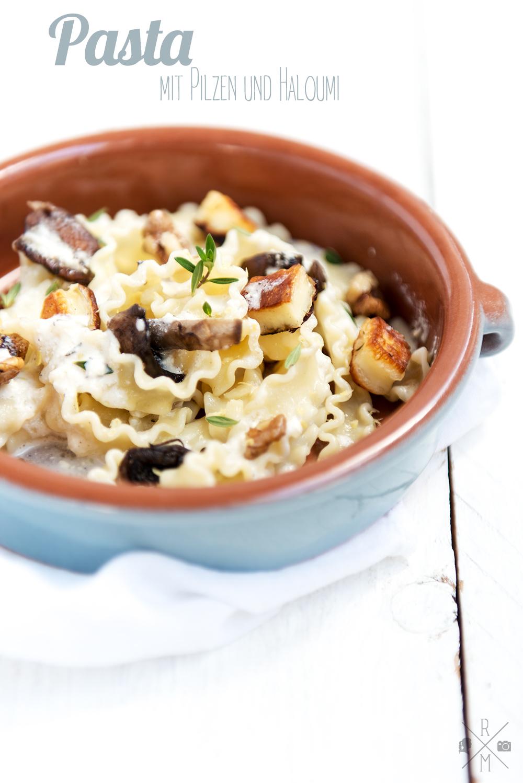 Vegetarisches Rezept: Nudeln mit Pilzen und gebratenem Haloumi von Donna Hay | relleomein.de