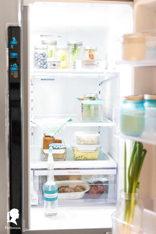 Wöchentlicher Putzplan - jeden Tag eine halbe Stunde putzen für ein sauberes Zuhause - Kühlschrank putzen | relleomein.de